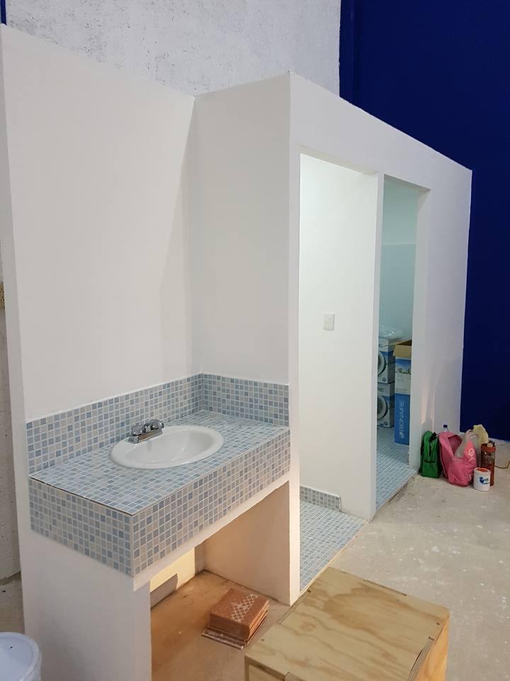 remodelacion-baño-gimnasio